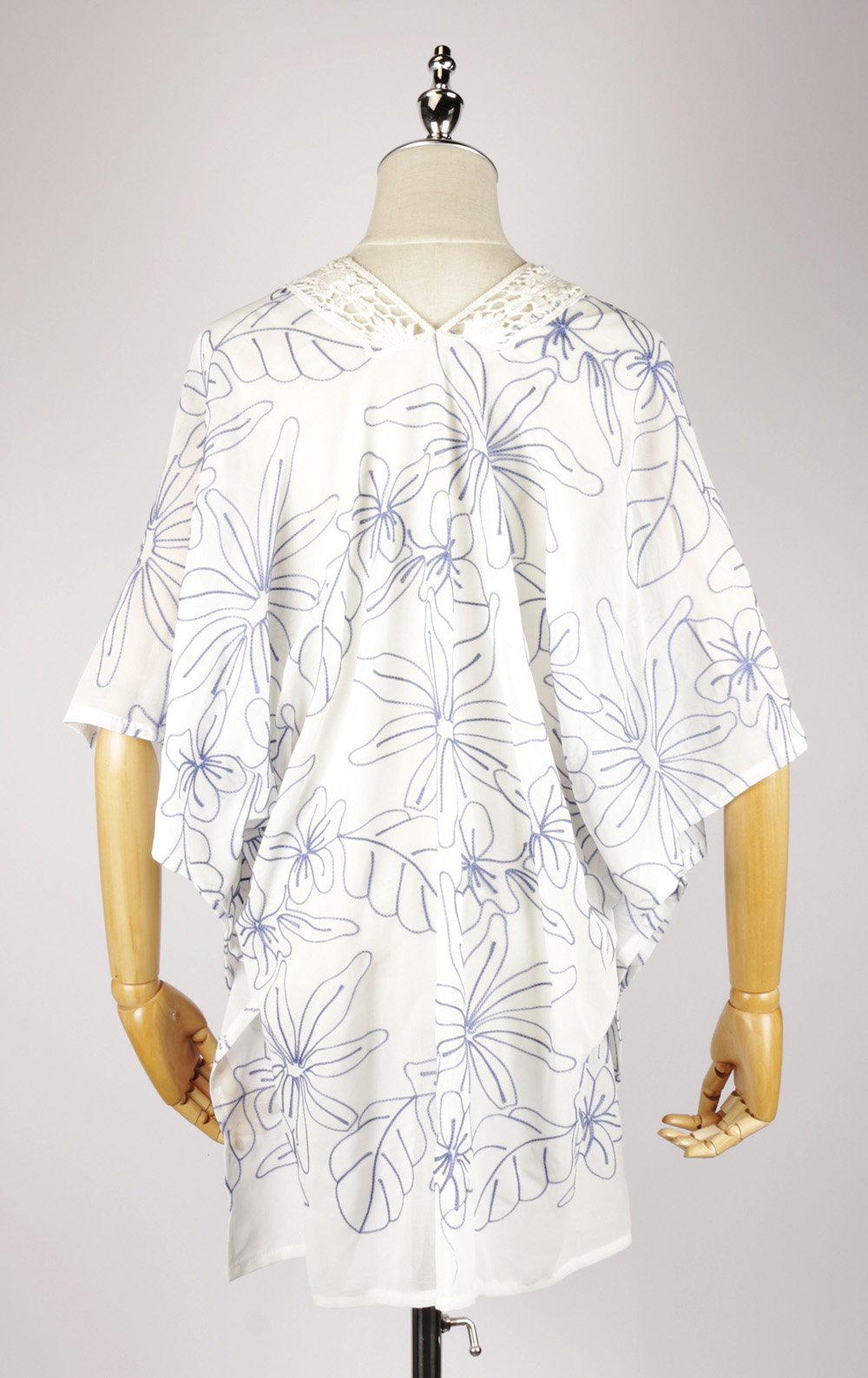 CEK1537 Chiffon Embroidery Kimono back