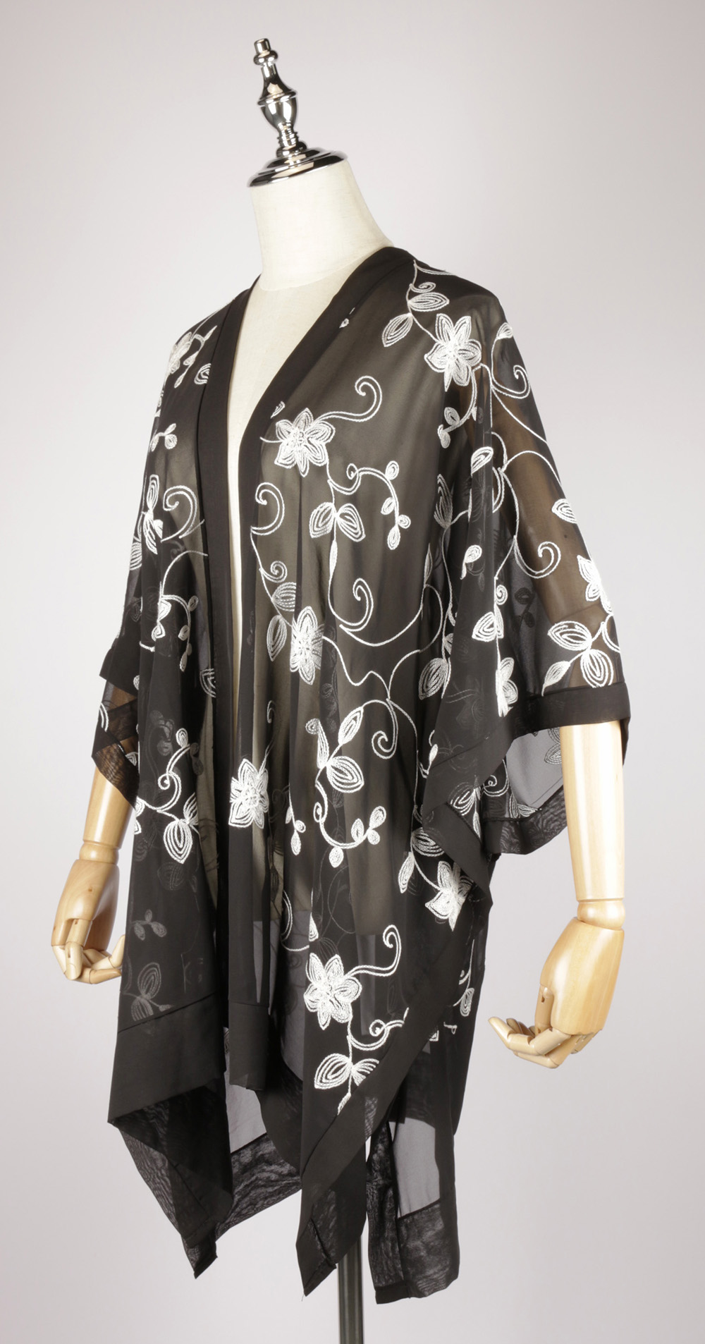 CEK1548 Embroidery kaftan black