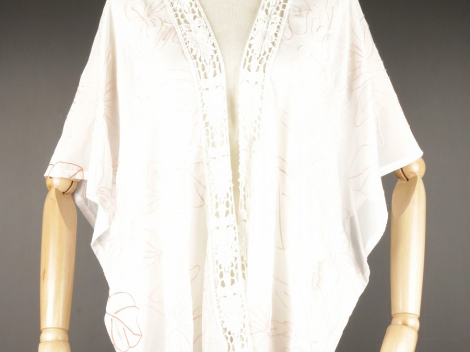 CEK1592 Embroidered kimono