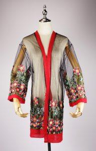 LEK2135 embroidered kimonos
