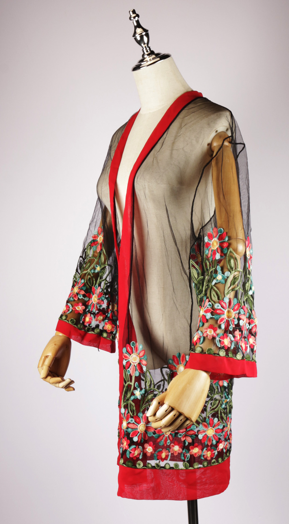 LEK2135 embroidered kimonos side