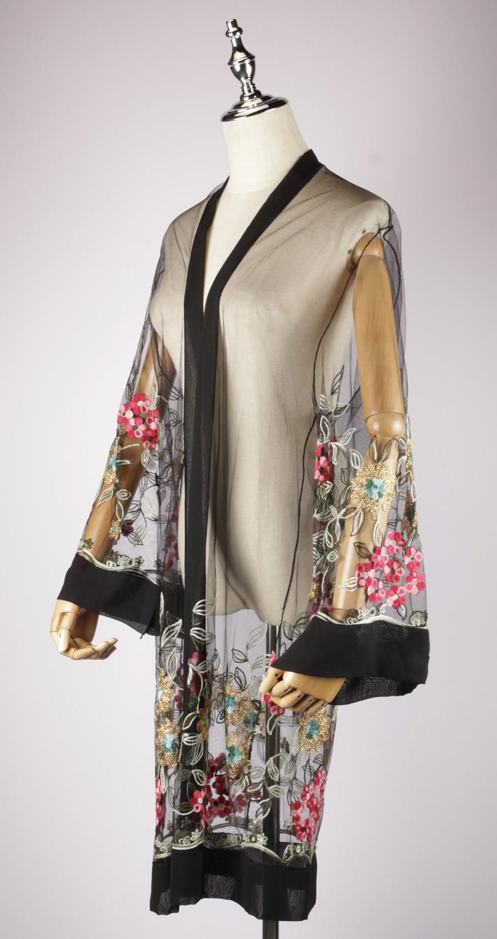 LEK2326 embroidered kimono side