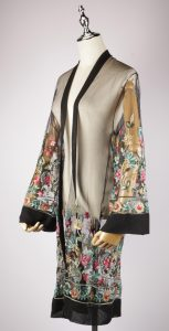 LEK2329 embroidery kimono side